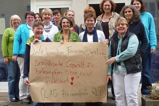 """""""Wir brauchen Feminismus, weil sexualisierte Gewalt zu bekämpfen ohne nicht funktioniert!"""" (LAG der Notrufe Rheinland-Pfalz)"""